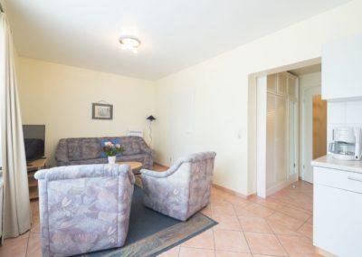 apartment 5 - haus regina in niendorf 11